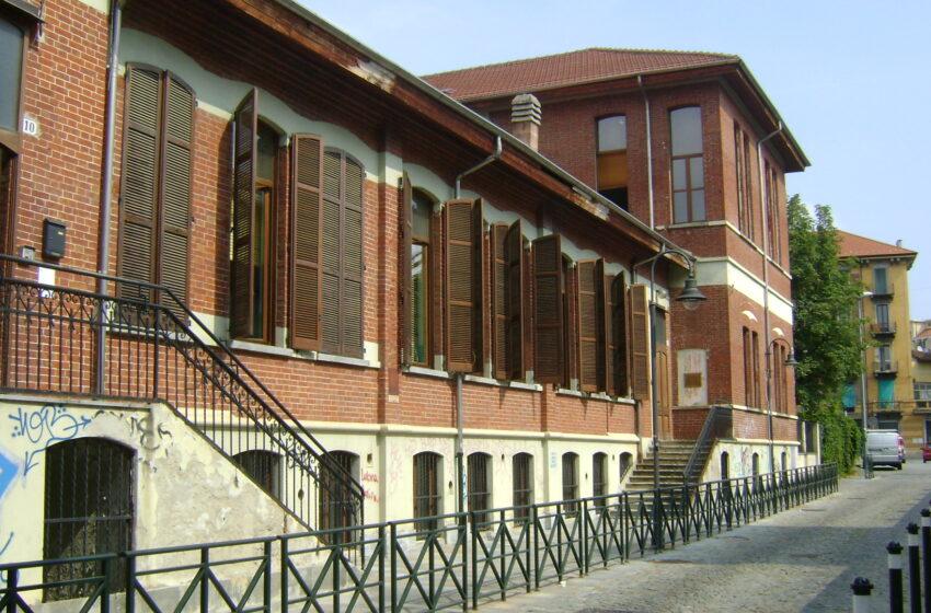 """Torino, scuole inaccessibili. Comune: """"Ci lavoriamo da anni"""". Le associazioni: """"Una vergogna"""""""